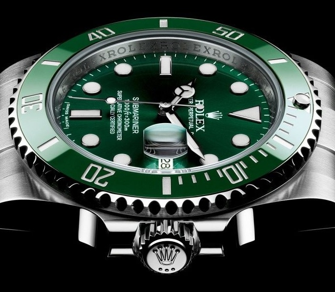 Replique Montre Rolex Submariner 116610 LV Incredible Hulk