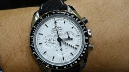 Replique Montre Omega Speedmaster Apollo 13 Silver Snoopy Award