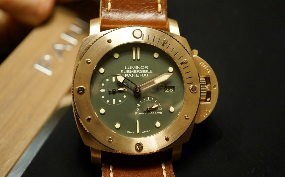 Replique Montre Panerai Luminor Submersible Bronzo Pas Cher