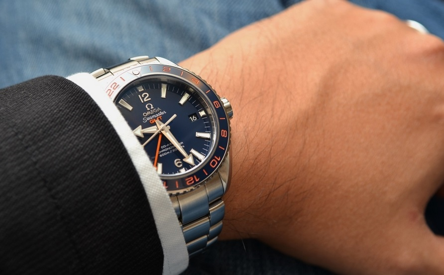 Replique Montre Omega Seamaster Planet Ocean 600m GMT Goodplanet