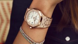 Replique Montre Audemars Piguet Royal Oak Frosted Gold Femme