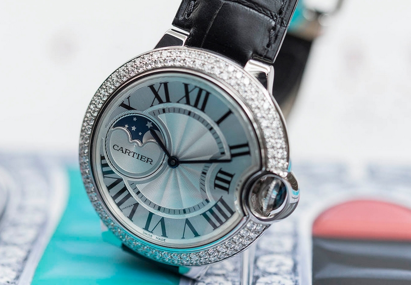 Replique Montre Cartier Ballon Bleu Moonphase